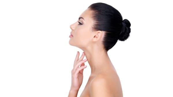 lipoaspiration cou chirurgie esthetique visage paris chirurgien maxillo facial docteur charles mathieu bandini paris 17